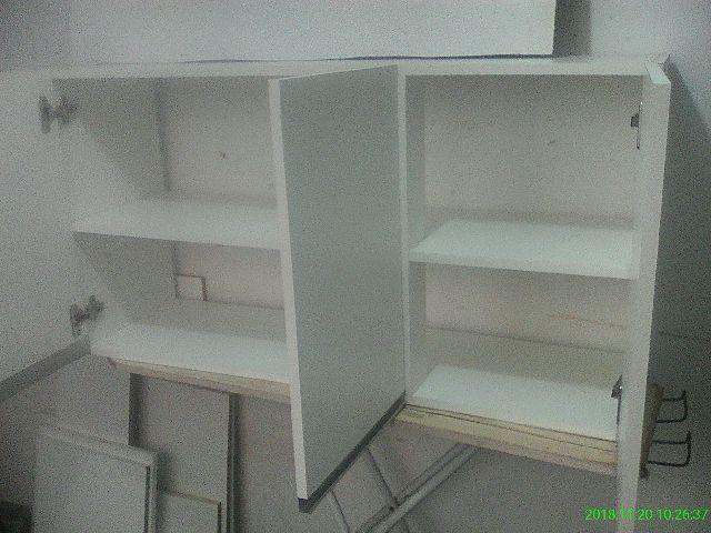Armario 3 portas branco em MDF