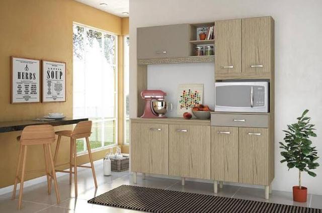 Cozinha Yara Nicioli 7 Portas e 1 Gaveta, com espaço para