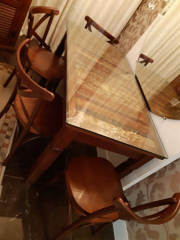 Mesa de jantar (LEIA O ANÚNCIO) ?