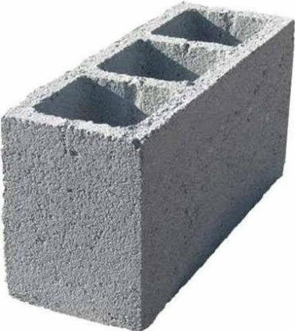 Bloco de cimento em Francisco Morato