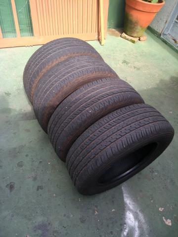 Vai viajar? Jogo 4 pneus Goodyear  por R$