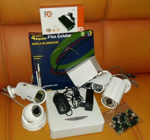 Kit 4 Câmeras de Vigilância com DVR (completo