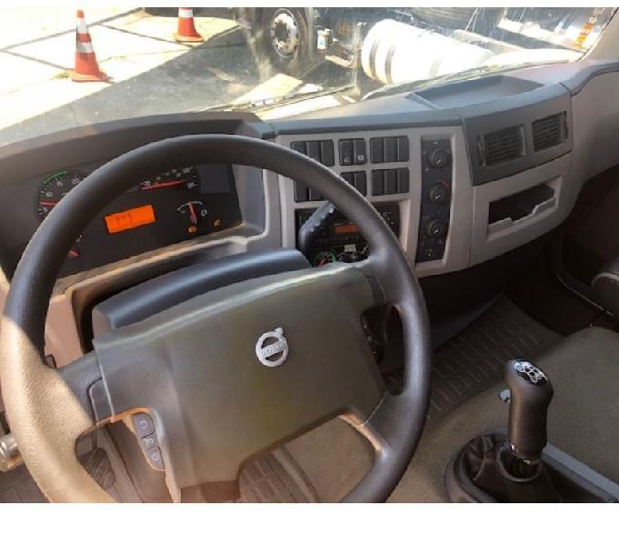 Volvo VM 270 ATHOR NO CHASSIS 6X2