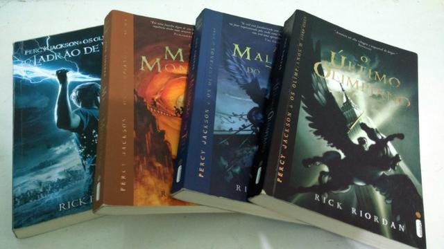 Coleção Percy Jackson e os Olimpianos (Livros 1,2,3 e 5)
