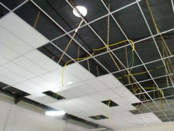 Forros de PVC e Isopor