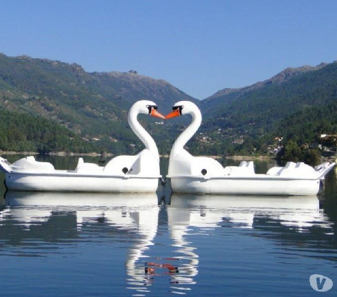barco pedalinhos caiaques