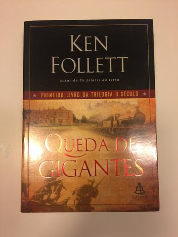 Livro - Queda de gigantes (Ken Follett)