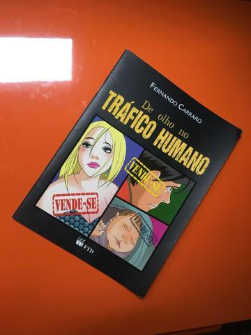 Livro paradidático De olho no tráfico humano