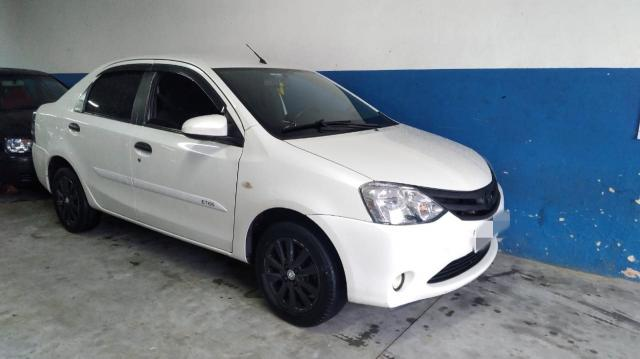 TOYOTA ETIOS  X SEDAN 16V FLEX 4P MANUAL -