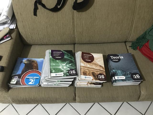 Todos os livros do 2º ano médio do geo