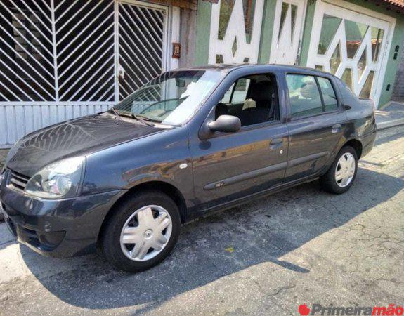 Renault Clio Sedan 1.0 - 4 portas - 2007 Combustível Flex 4