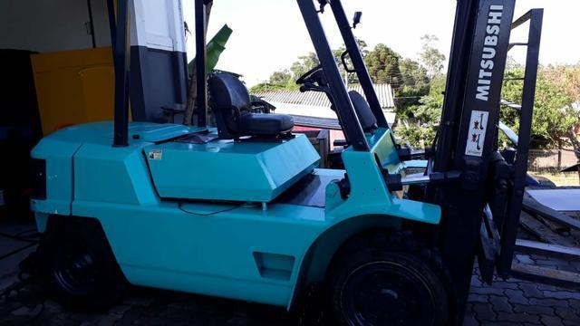 Empilhadeira mitsubishi. 4 ton. diesel