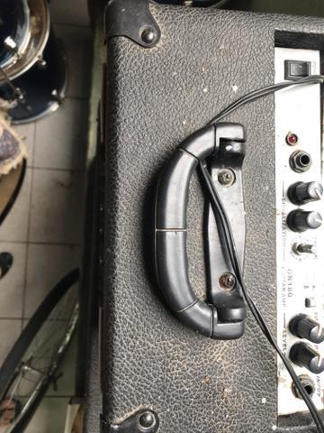 Amplificador de guitarra Chrom