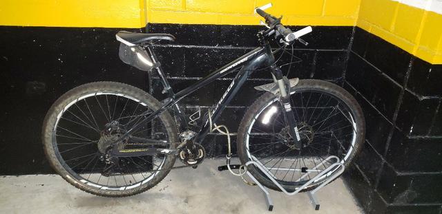 Bicicleta Specialized Rockhopper 29 Tam S +Rockshox 30