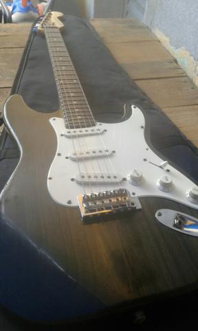 Vendo ou troco guitarra Giannini gl300 por um cooktop de 5