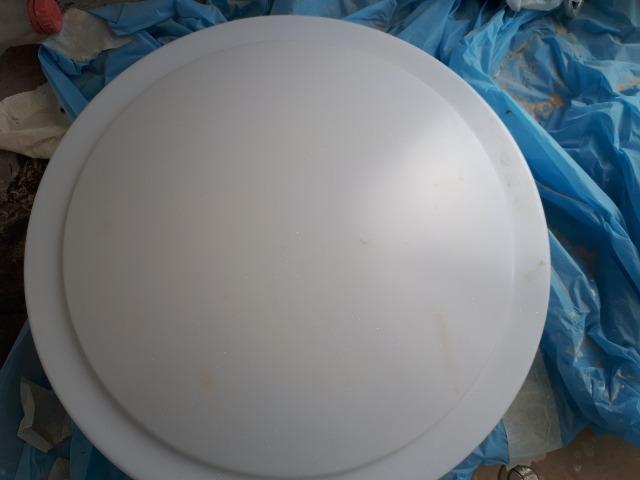Conjunto de 6 luminárias redondas e brancas, de sobrepor no