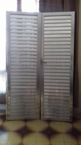 Porta de alumínio; Porta de alumínio branco; Janela max