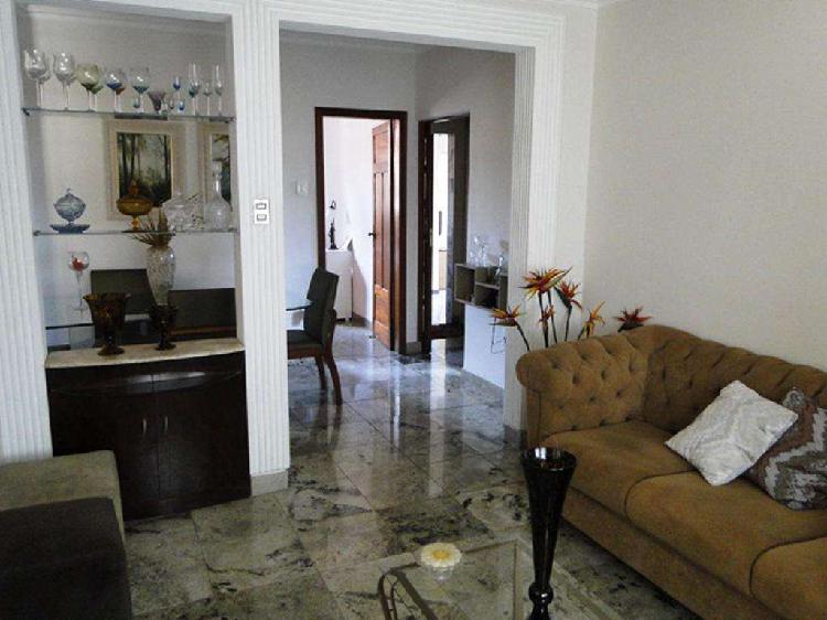 Casa, Carlos Prates, 3 Quartos, 3 Vagas, 1 Suíte