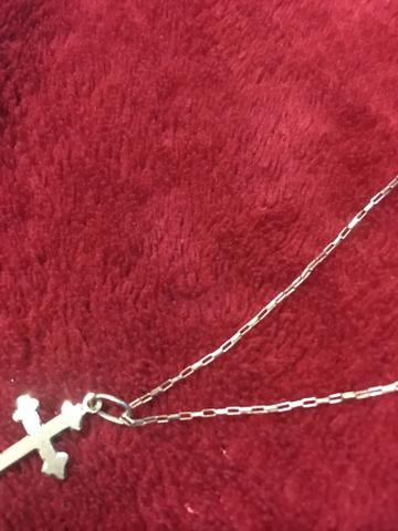 Vendo corrente de ouro mais pingente crucifixo de ouro!