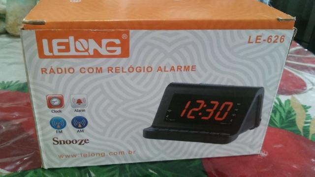 41a22445262 Rádio relógio lelong alarme duplo despertador am