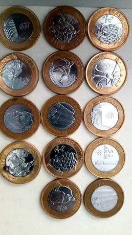 Vendo moedas para colação
