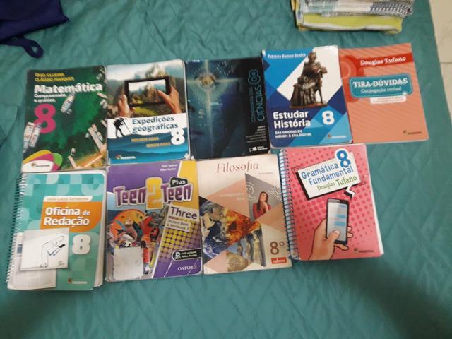 Livros Didáticos e Paradidáticos 8°ano