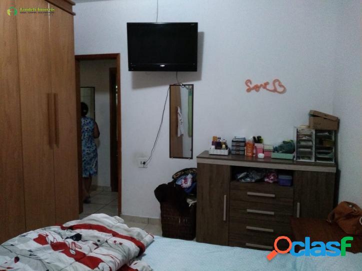 Casa assobradada, 2 dormitórios, Parque São Vicente
