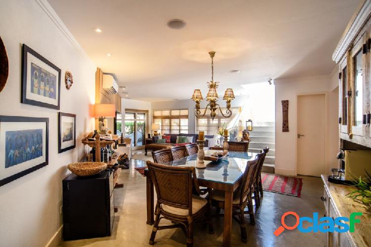 Casa luxo 200m² na Praia de Maresias - Casa Alto Padrão a