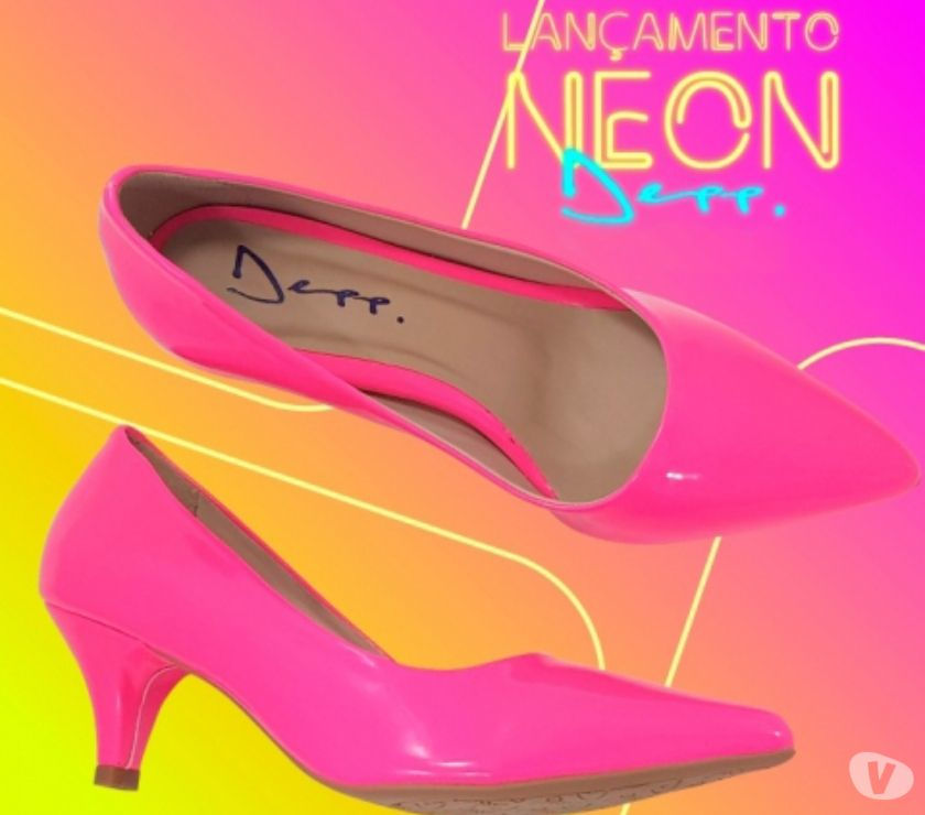 05b91889f4 Scarpin neon verniz sapatos femininos bico fino depp