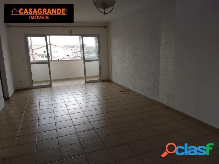 Apartamento com 03 quartos, Jardim Valparaiba