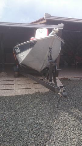Barco de Aluminio 19 pés -