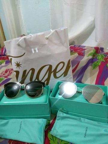 f84dd785a5733 Vendo dois óculos tiffany e co impecável sem marcas na