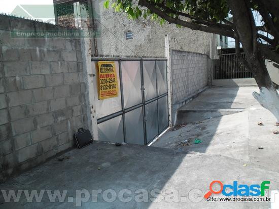 Aluga Terreno no Inicio da Rua Emilio Moreira na Praca 14 em