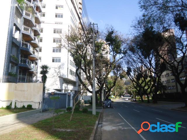 Apartamento para Venda em Curitiba / PR no bairro Água