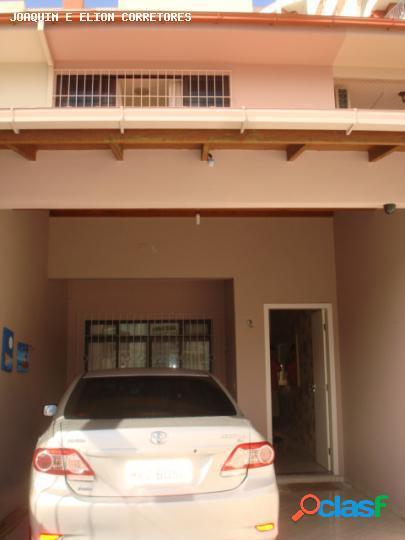 Casa para Venda em São José / SC no bairro Jardim Cidade