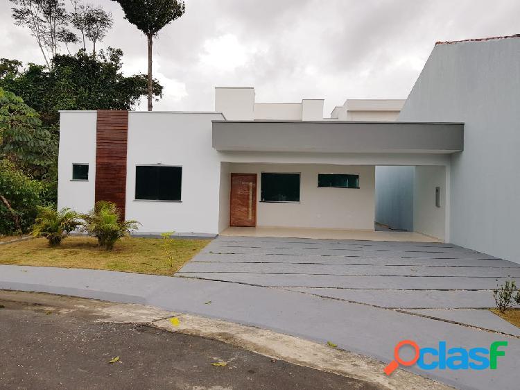 Vende Casa Com 130m2 em Condominio Fechado de Luxo na Ponta