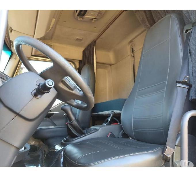 Volvo VM 270 2013 Bitruck Com Câmara Frigorífica Gancheira