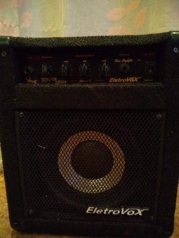 Amplificador contra baixo EletroVox
