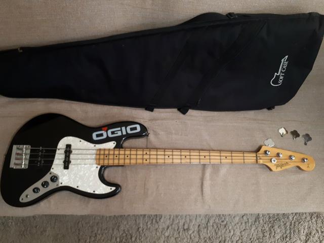 Baixo Tagima Jazz Bass TG 525