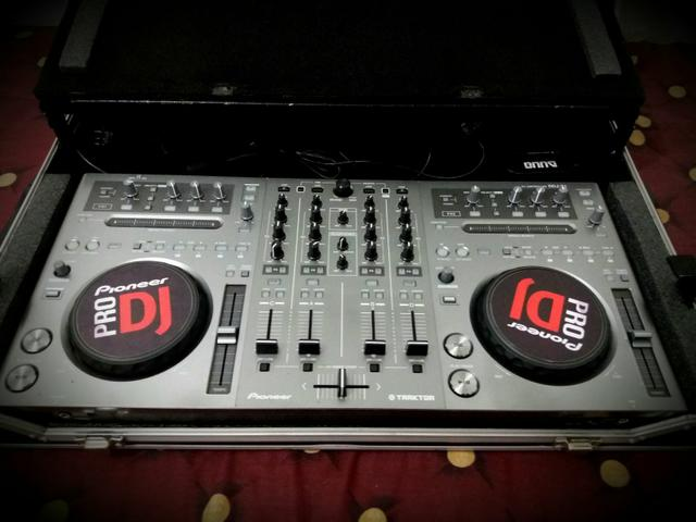 Controladora Pioneer DDJ T1