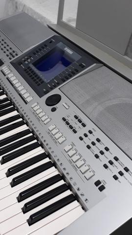 Teclado Yamaha PSR S700, super conservado, unico dono,