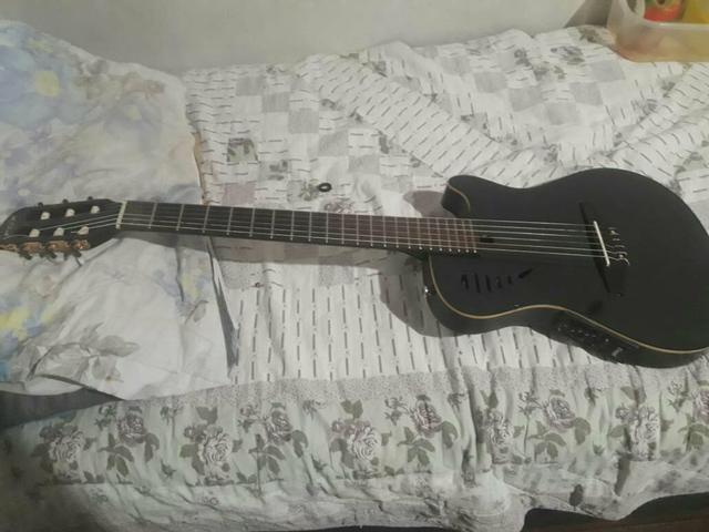 Vendo ou troca violão fox v3