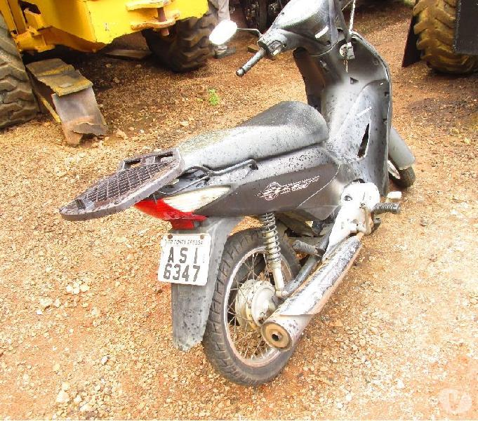 Moto honda biz ano 2010 125 cc
