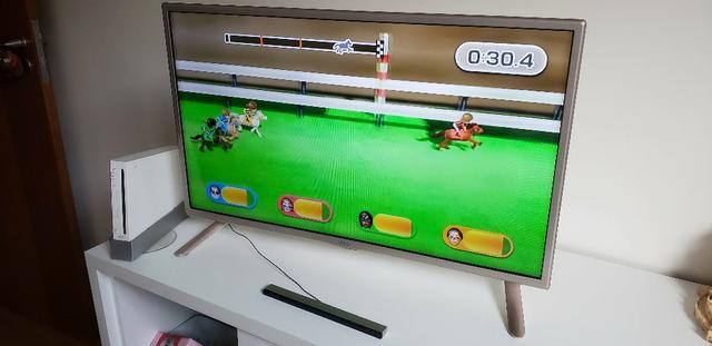Nintendo Wii + Acessórios + 4 Jogos