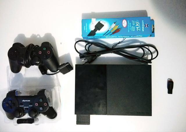 PlayStation 2 Slim com HD Externo de 320GB (71 jogos