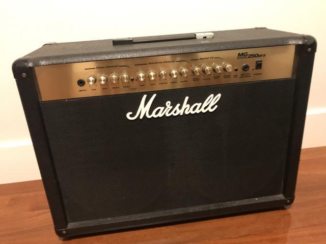 Amplificador Guitarra Marshall MG250
