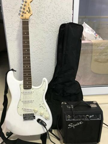 Guitarra Squier Fender + Amplificador Squier