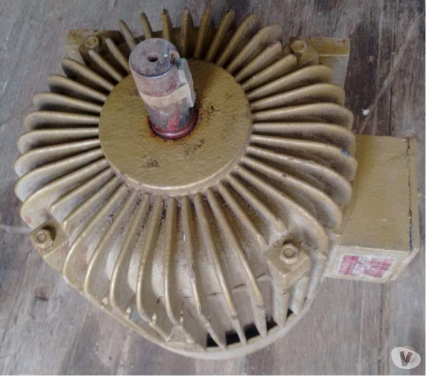 Motor 2 Polos ou  RPM 7.5 CV. Trifásico