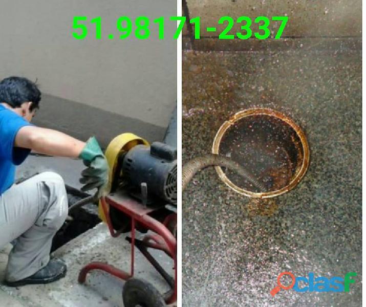 Empresa especializada em serviços de limpeza de fossas em