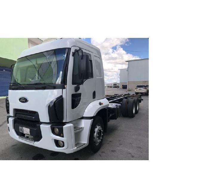 FORD CARGO 2428 2015